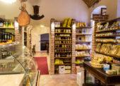 Predajňa Enoteca Centro má stredomorskú atmosféru