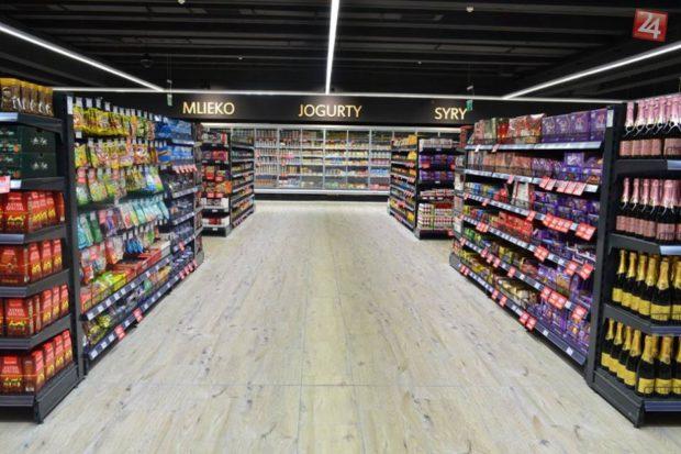 Supermarket CBA v lučeneckom Priori ocenili za moderný vzhľad
