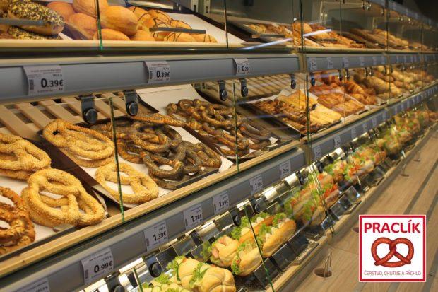 Praclík, potraviny a občerstvenie v jednom, otvoril prvé tri prevádzky