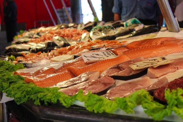 Slováci jedia málo rýb. Raz mesačne ich konzumuje len každý druhý obyvateľ