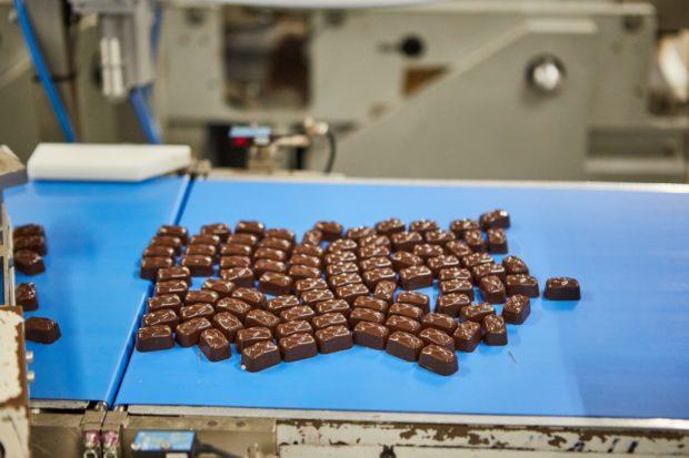 Bratislavská fabrika Figaro najnovšie vyrába čokoládové špeciality pre zahraničné značky