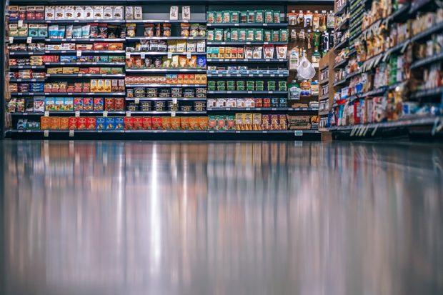 Výdavky Slovákov za rýchloobrátkový tovar vzrástli o 6,3 percenta. Je za tým rast spotreby i cien