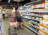 Viac ako dve tretiny Slovákov oceňujú zákaz predaja cez sviatky. Polovici by neprekážal ani v nedeľu