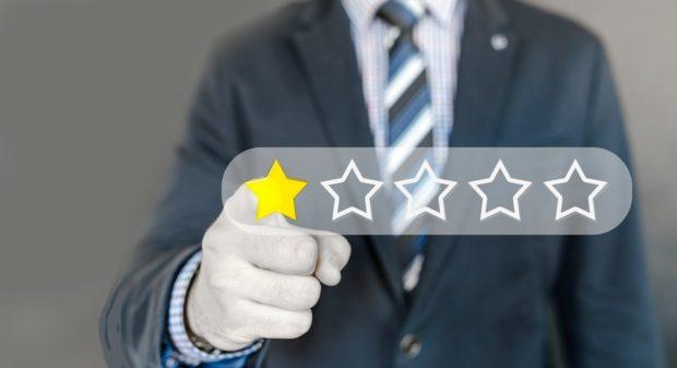 Katarína Droppová: Falošní diskutéri a recenzenti ako bežná prax?