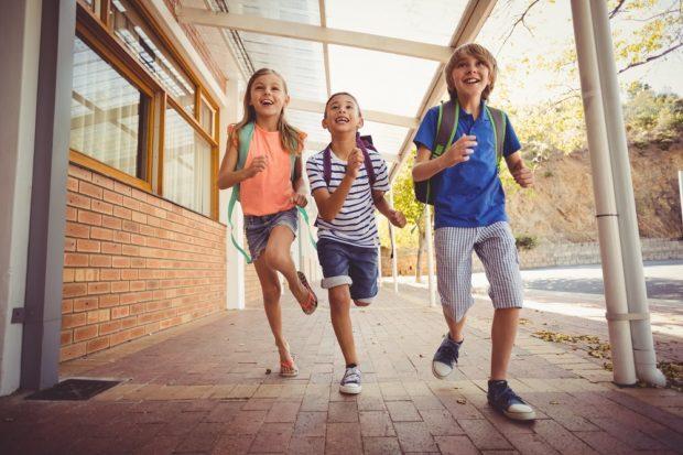 Školské nákupy vrcholia, najviac rastie predaj batohov a aktoviek