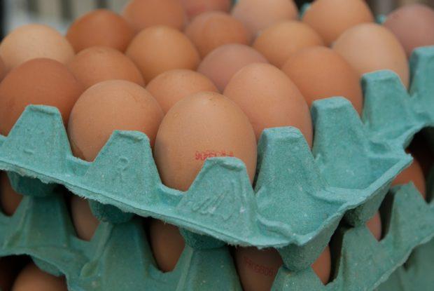 Spotrebitelia preferujú kúpu vajec slovenského pôvodu