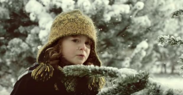 Tradičný vianočný spot od Kofoly prichádza tento rok s pokračovaním