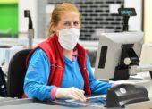 Tesco prijalo 850 dočasných zamestnancov