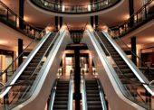 Nákupné centrá a retail parky: Koronavírus privádza maloobchod do úzkych