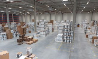 Alza rozširuje skladové kapacity a zrýchľuje dodanie zásielok