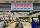 Tesco na Slovensku oslavuje 25 rokov, otvára nový supermarket