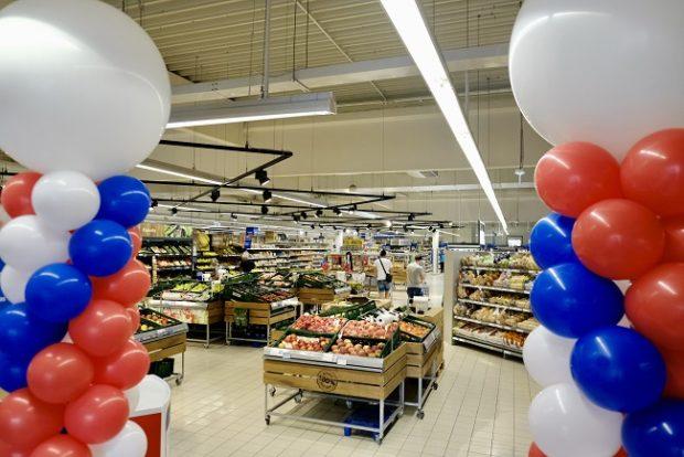 Tesco zmodernizovalo supermarket vo Vrábľoch