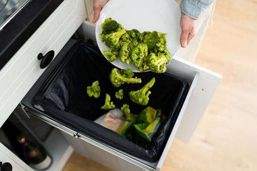 Potravinový odpad je neutíchajúcim problémom i na Slovensku