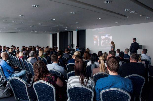 20. 10. 2021, Seminár: Ako funkčne prepojiť svety online a offline v retaile?, Praha